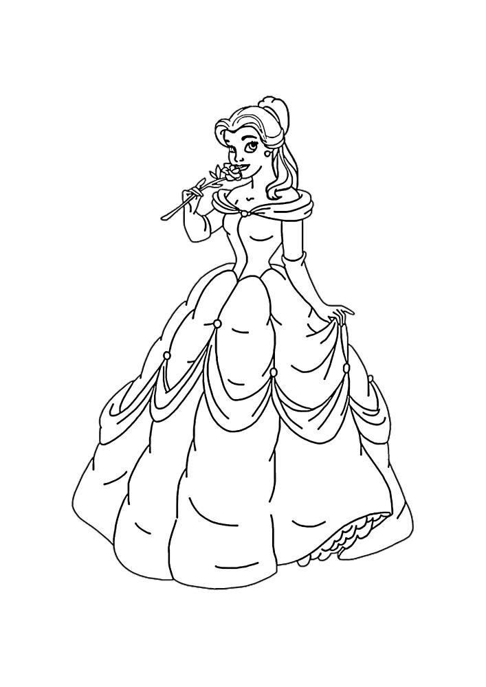 Милой принцессе сделали подарок - красивая роза