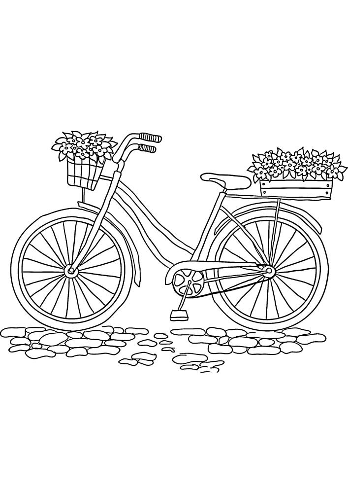 Велосипед стоит на плитке